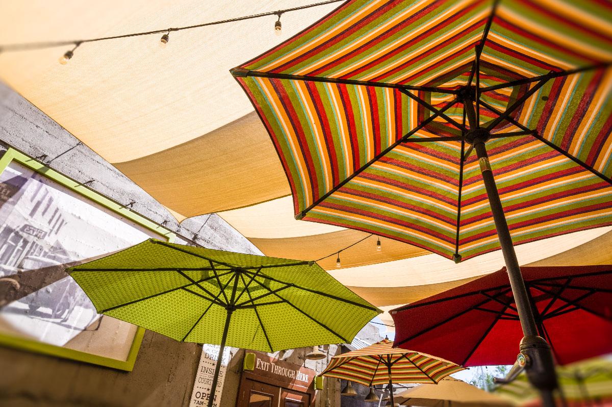 patio-dining.jpg